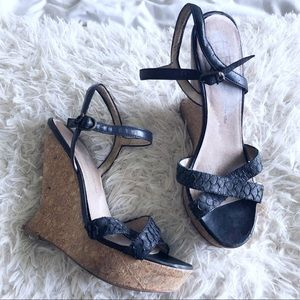 House of Harlow 1960 black leather cork wedges!!